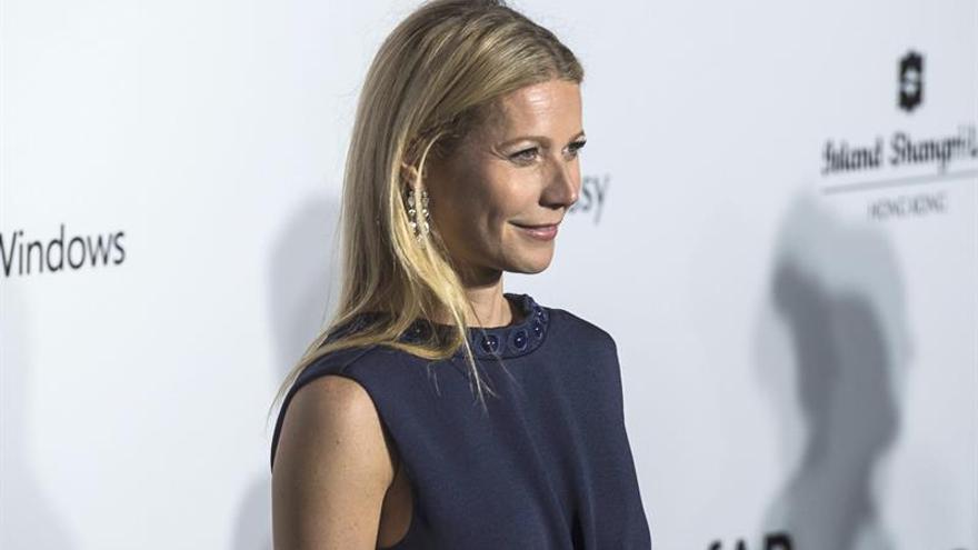 La actriz Gwyneth Paltrow y el productor Falchuk se casaron en Nueva York