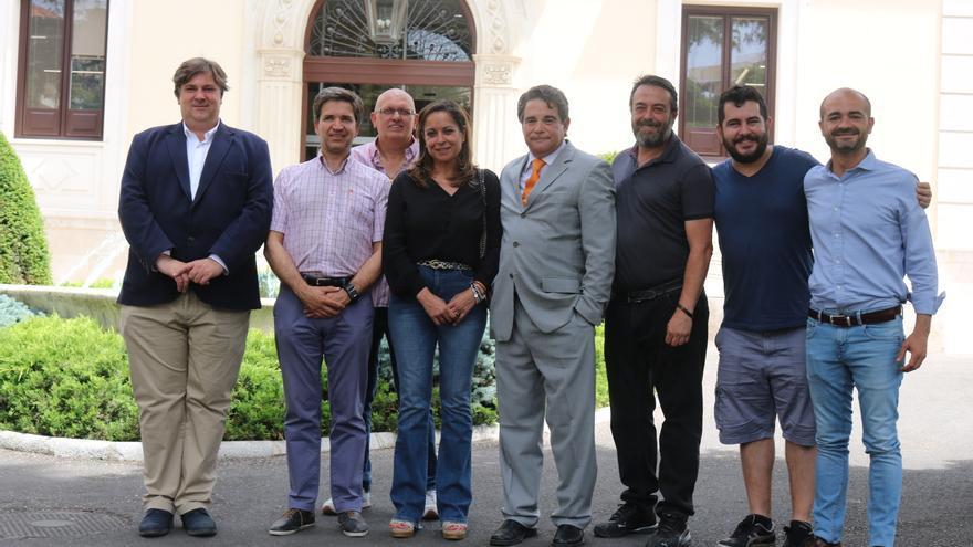 Olga Villanueva junto a concejales de Ciudadanos en Guadalajara