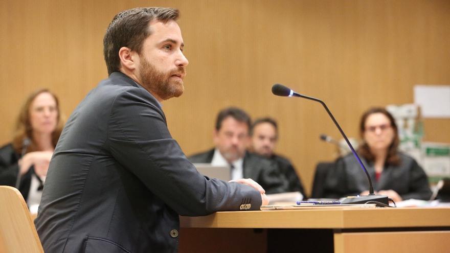 El consejero de Turismo del Gobierno de Canarias, Isaac Castellano, en el juicio del caso Unión