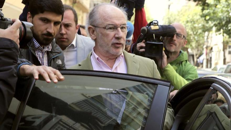 Estudiantes de la U. Rey Juan Carlos piden retirar el 'honoris causa' a Rato