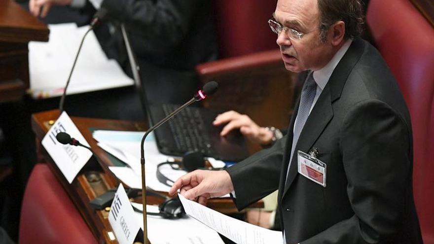 """García-Escudero actuará con """"máximo rigor"""" contra Mulet si vuelve a excederse"""