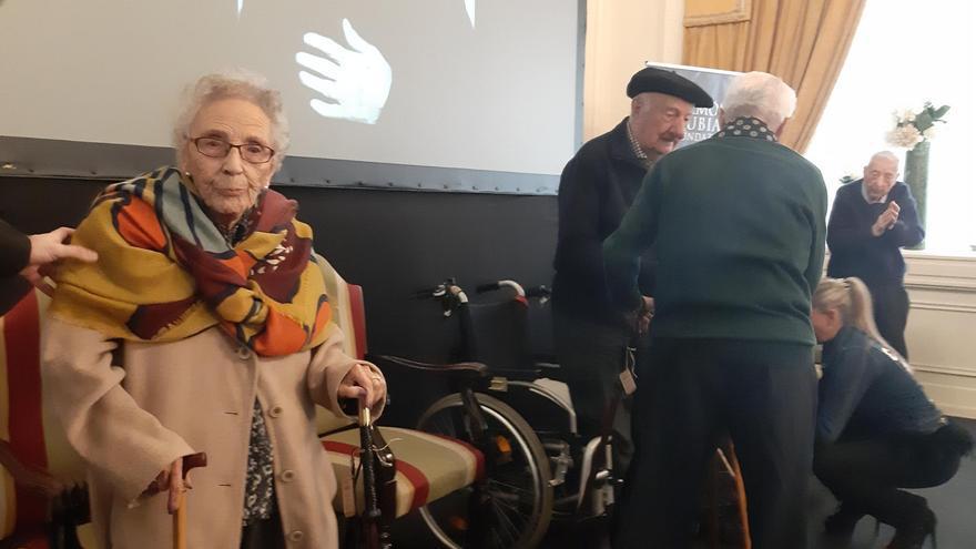 Consuelo Lopetegi, homenajeada por ser una de las mujeres que vivió durante la Guerra Civil