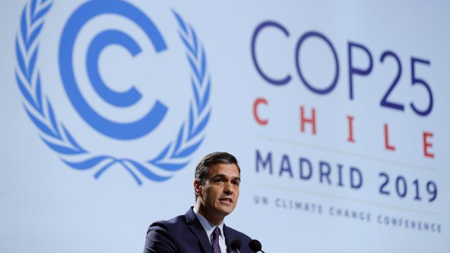 """Sánchez se suma al acuerdo de la """"complicada"""" cumbre del clima de Madrid"""