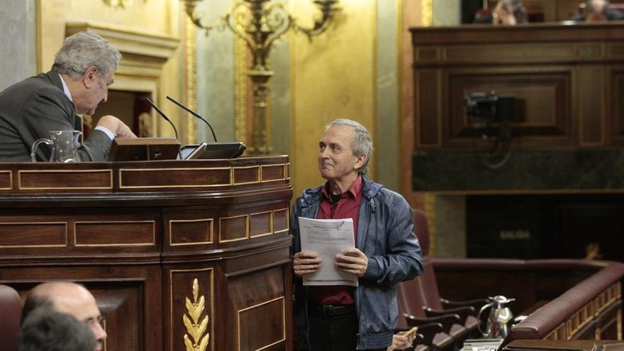"""Rajoy ve """"repugnante"""" que Amaiur acuse al Gobierno de estar más cómodo con ETA activa"""