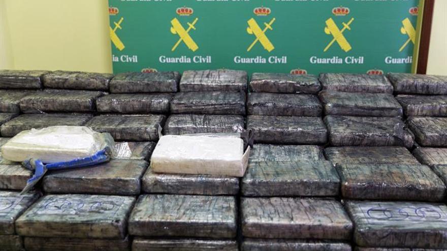 Incautados 500 kg de cocaína en un camión aparcado en un polígono de Vitoria