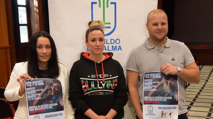 Carmen Brito (i) con Yohanna Alonso.