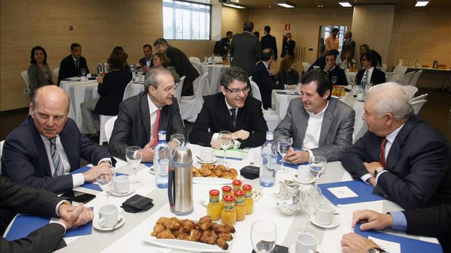 Nadal afirma que Podemos y adláteres proponen auténticas burradas anticapitalistas