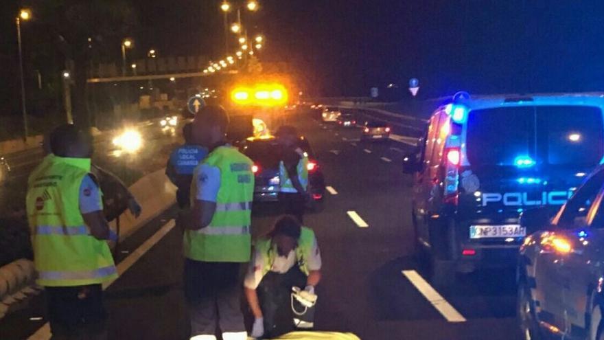 Los agentes se desplazaron al lugar del suceso, acaecido sobre las 22.00 horas.