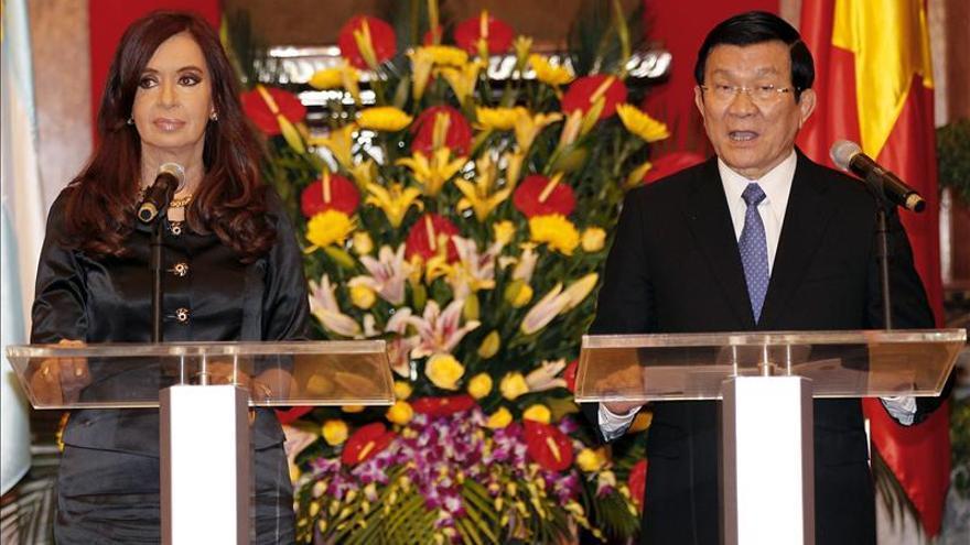 La presidenta argentina se reune con lideres de Vietnam al final de su visita