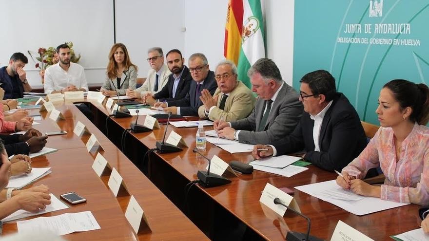 Junta destinará 500.000 euros para ofrecer soluciones habitacionales y evitar asentamientos en Huelva, Granada y Almería