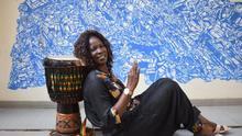 Ndeye Cissé, en el centro cultural Douta Seck, Dakar donde ensaya el grupo Jigeen Ñi varias veces en semana.