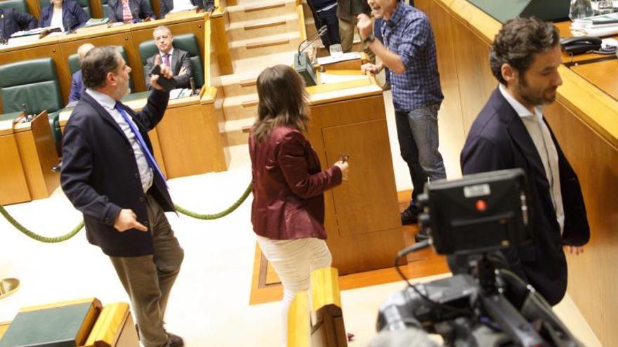 Víctimas de abusos policiales en Euskadi serán reconocidas por una ley vasca