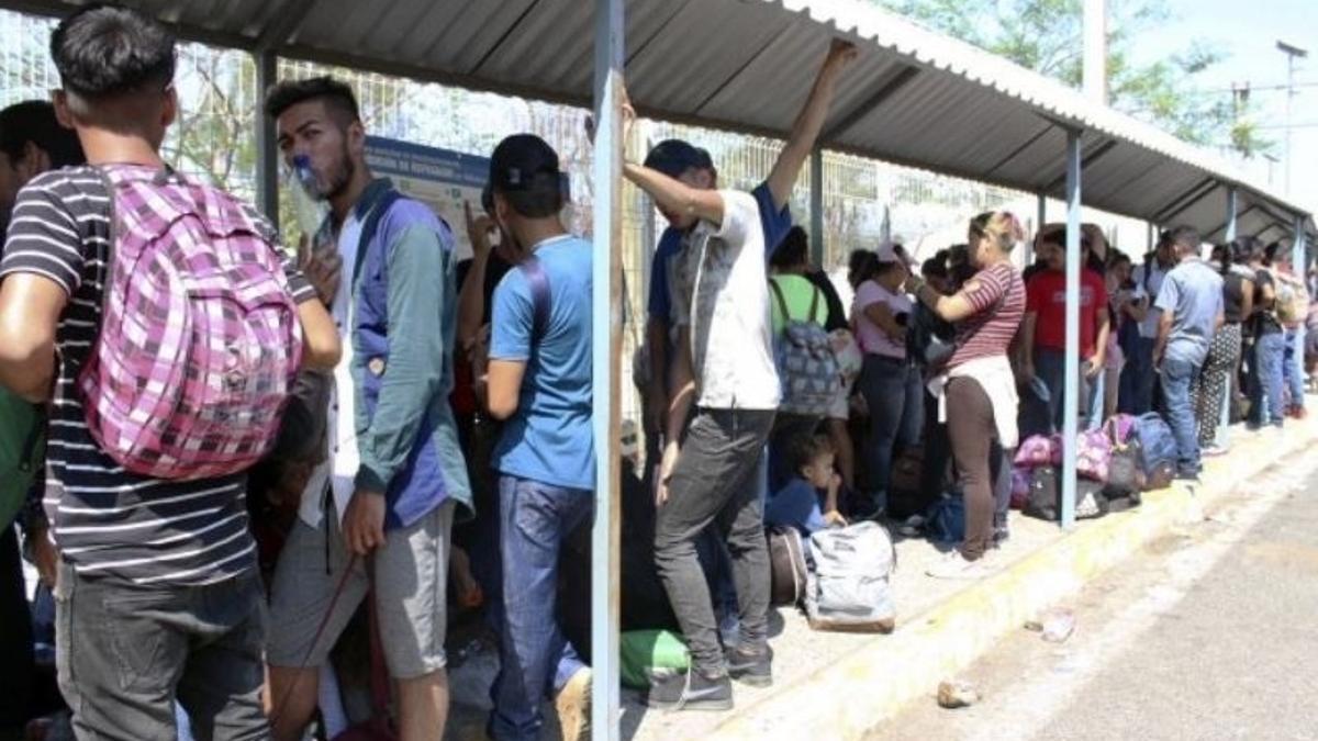 Migrantes centroamericanos en la frontera con EE.UU