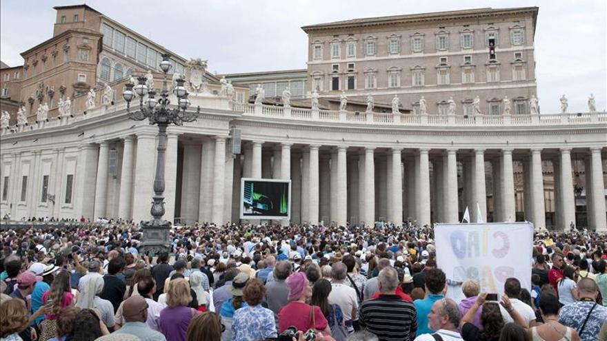 El Papa pide que los hospitales sean también lugares de encuentro y paz