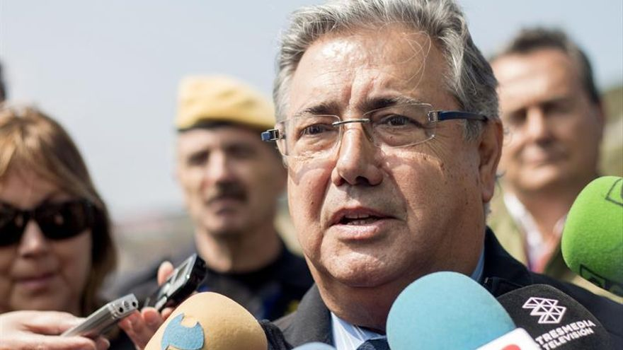 """Zoido advierte a los terroristas de que no esperen """"trato de favor ni impunidad"""""""