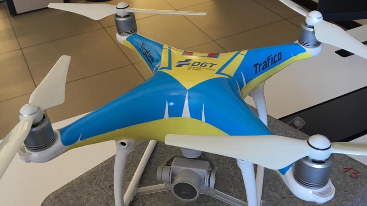 Uno de los drones de la DGT.