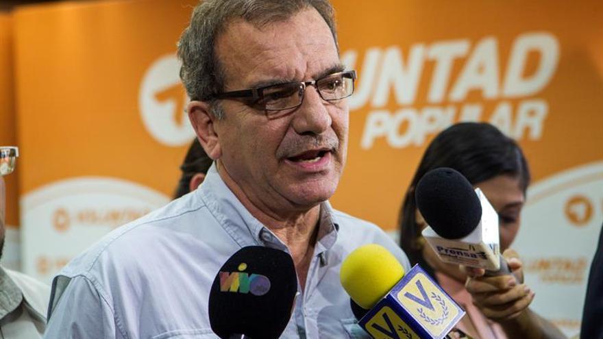 """El naufragio de los """"balseros venezolanos"""" impacta a un país que espera información"""