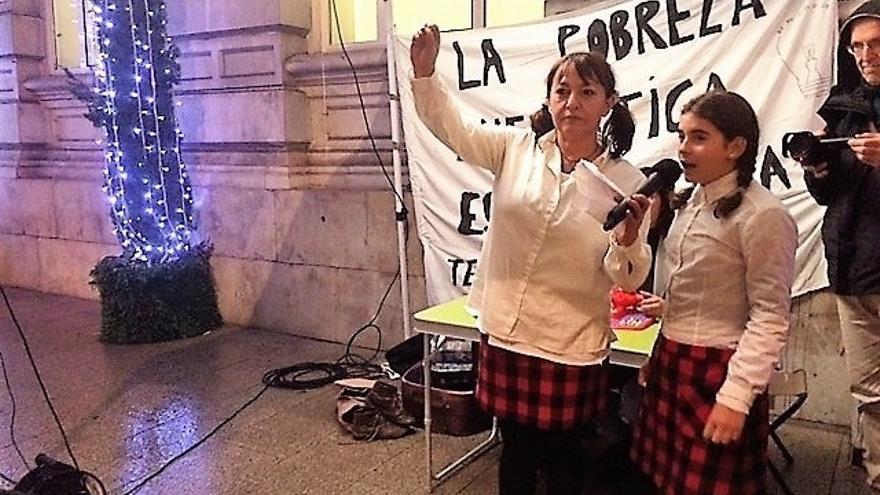 Celebrado en Santander un 'sorteo de pobreza energética' para concienciar de este problema social