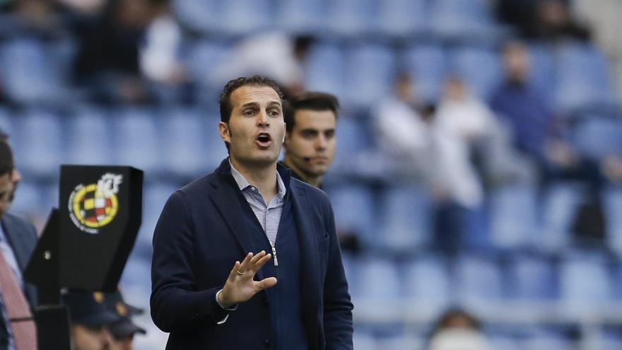 Rubén Baraja le ha comenzado a cambiar la cara al CD Tenerife, pero aún no le alcanza para ganar.