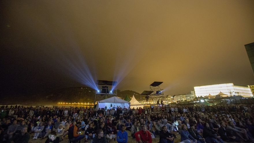 El 52 Heineken Jazzaldia de San Sebastián suma casi 58.000 espectadores en su primer día de conciertos en la playa