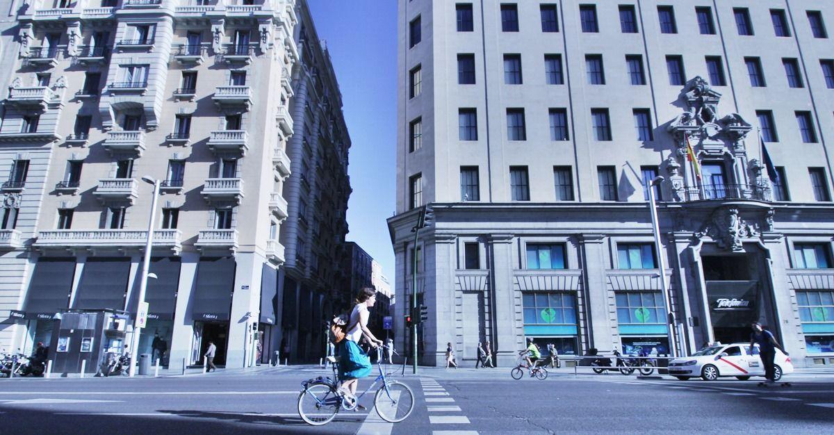Una imagen del Día sin coches 2015 en la Gran Vía | SOMOS MALASAÑA