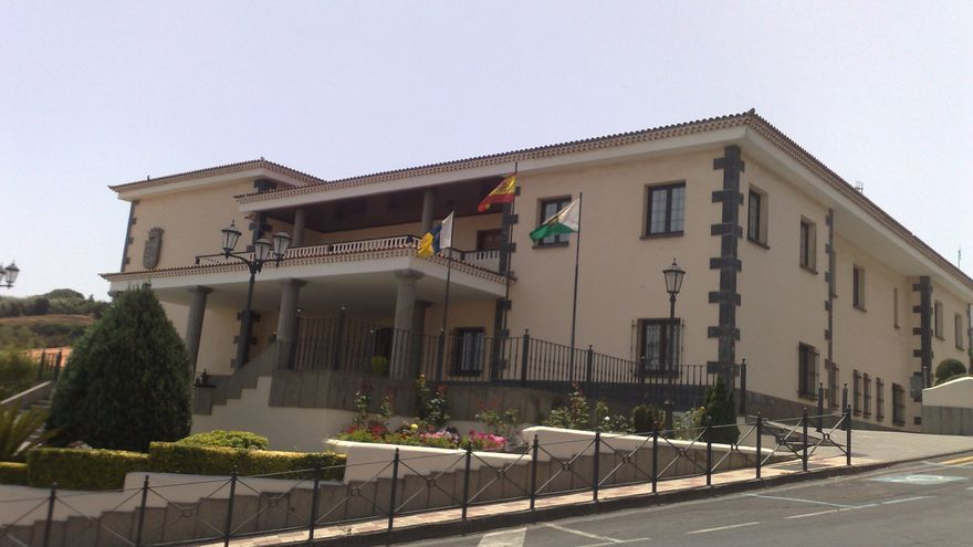 Fachada del Ayuntamiento de El Rosario.