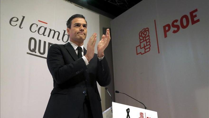 """Sánchez dice que los """"avances seguros"""" no pasan por la suma de las derechas"""