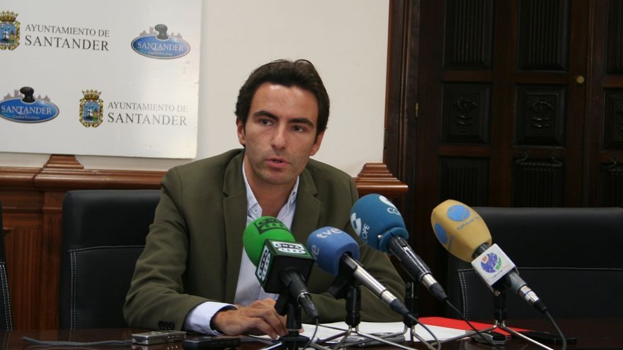 """PSOE no ve """"voluntad real"""" de Igual a acordar el Presupuesto y cree que lo aprobará por un """"tránsfuga"""""""