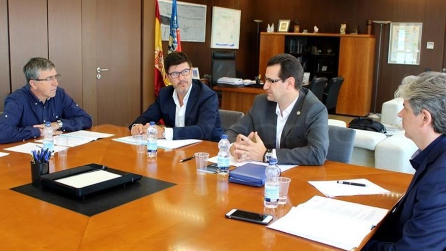 El conseller Climent se reunió con representantes de ATEVAL y de la UV