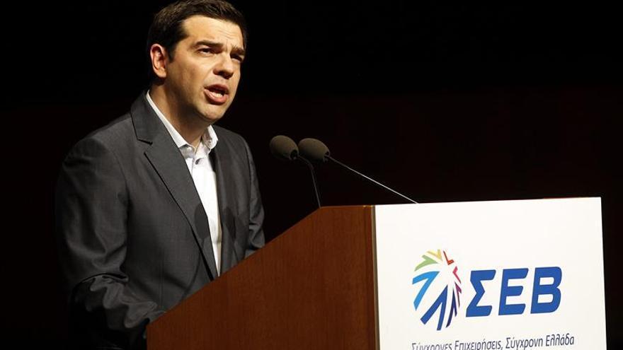 """Tsipras dice que Grecia ha entrado en la recta final """"crítica"""" hacia un acuerdo"""