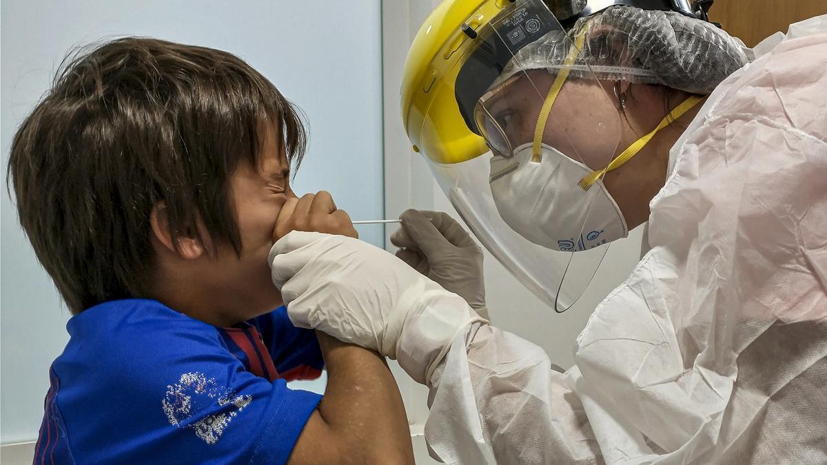 Hisopados:  fueron realizados 63.096 testeos, con un índice de positividad del 6,16%%