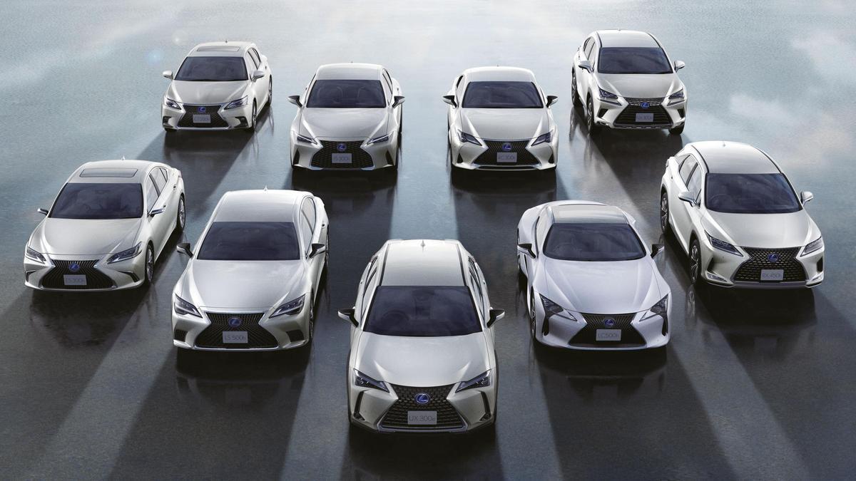 La familia electrificada de Lexus al completo.