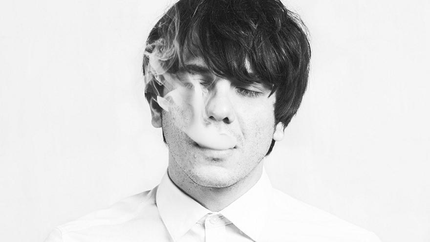 El cantautor catalán Joan Colomo presenta su último disco 'La filia y la fobia' en Bilbao.