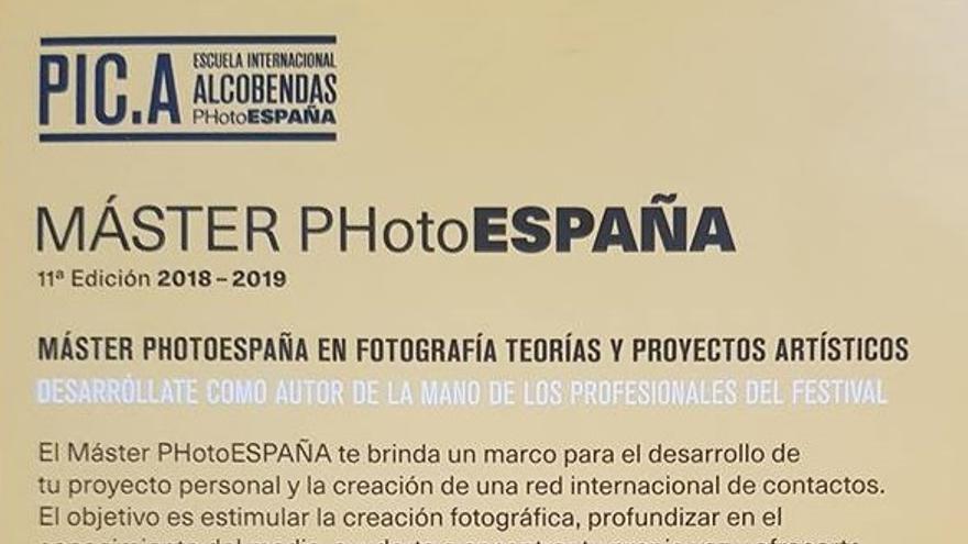 El polémico cartel de promoción del Máster PHotoESPAÑA