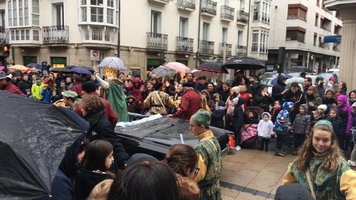 Cabalgata de los Reyes Magos de Vitoria en el año 2018