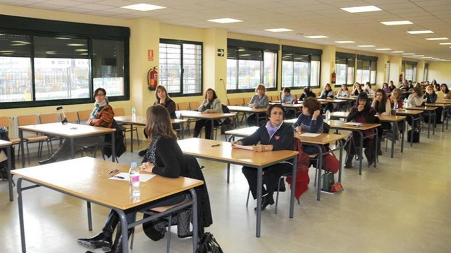 El SESCAM publica las convocatorias de las 1.706 plazas de empleo público para una docena de categorías