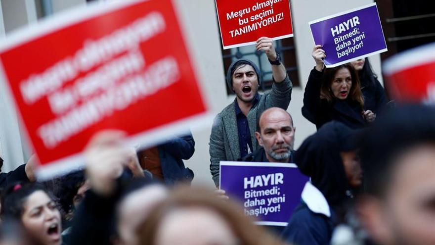 Rechazada la petición de la oposición turca para anular el referéndum