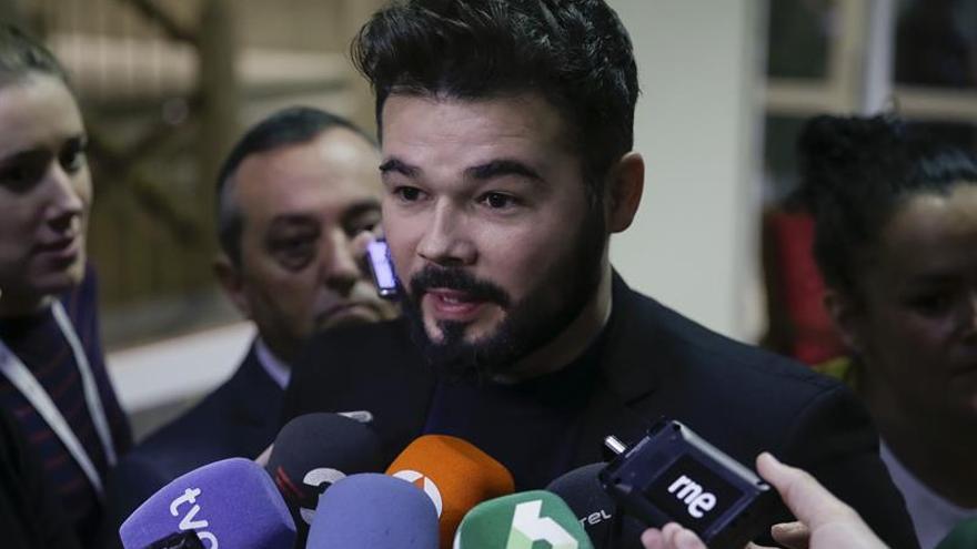 "Rufián cree que S.Santamaría mantendrá posición ""reaccionaria"" con Cataluña"