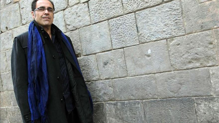Correa dice que la novela negra cubre el vacío dejado por la novela realista o social