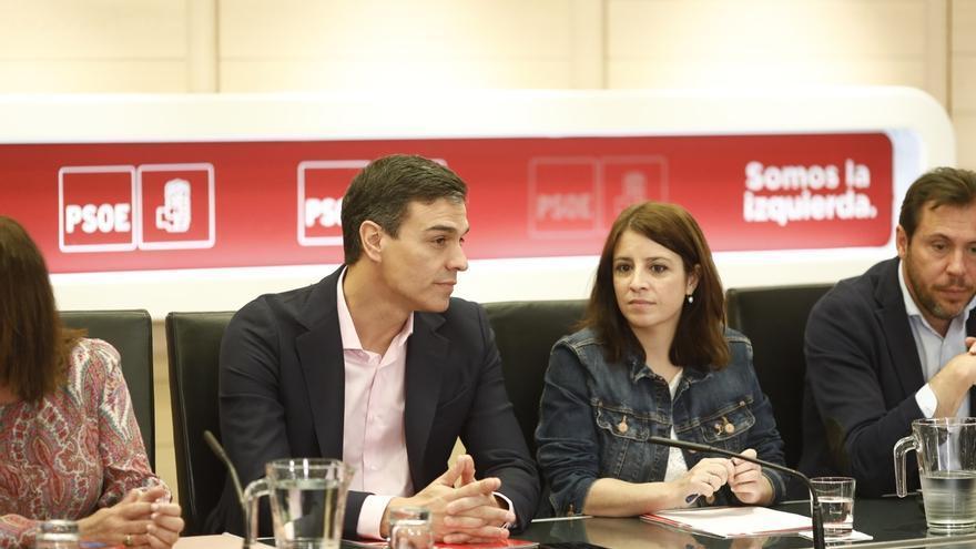 Pedro Sánchez quiere hablar con Torra de los problemas de los catalanes y  no de la independencia d66907ef377