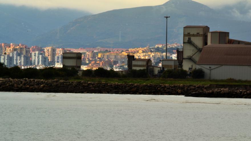 Verdemar formaliza el recurso contra la autorización del proyecto de almacenaje de productos petrolífero de VTTA