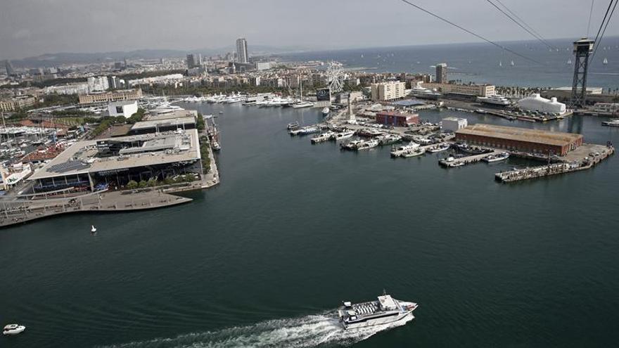 Los puertos mueven 124,4 millones de toneladas hasta marzo, un 5,3 % más