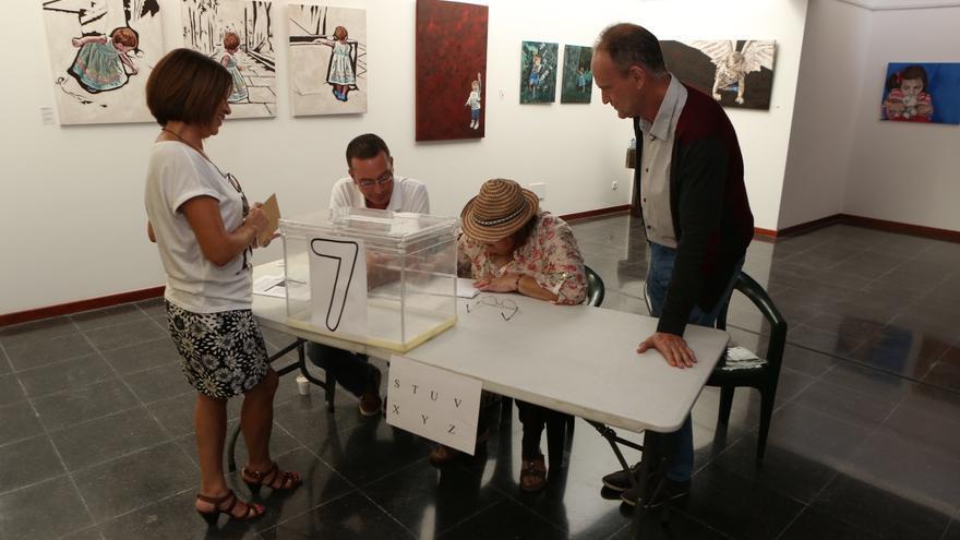 Votación en La Isleta (ALEJANDRO RAMOS)