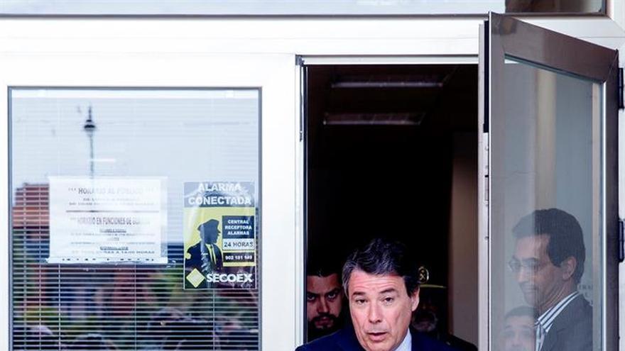 El PSOE pide que Ignacio González testifique en Gürtel sobre troceo de facturas