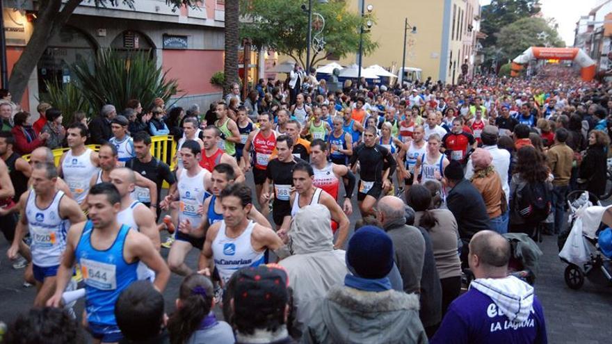 Tres mil corredores participan en la San Silvestre Lagunera