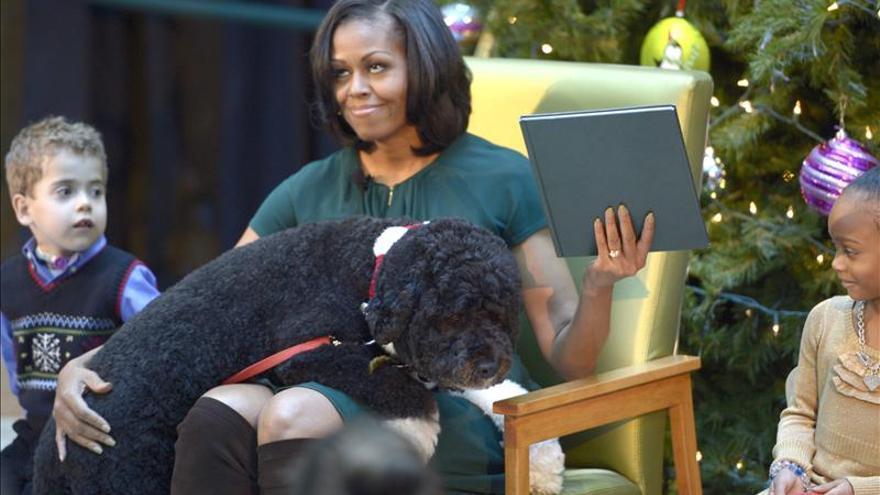 """Michelle Obama estrena """"look"""" por su cumpleaños"""