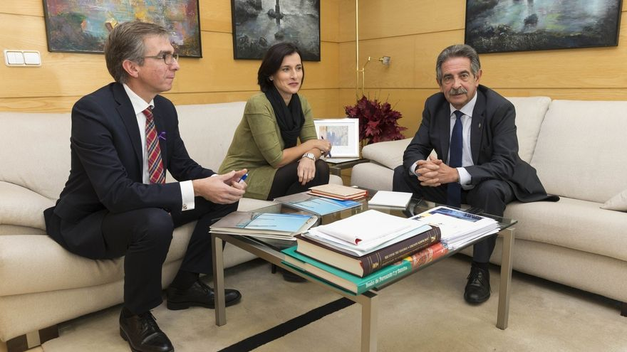 """Revilla asegura también que el Gobierno """"no ha tratado"""" el PGOU de Santander, sino que PRC y PSOE han dado """"su opinión"""""""