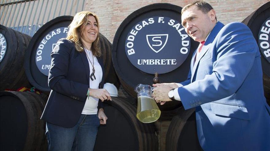 Díaz replica a Santamaría que Rajoy se ha portado como un banco con Andalucía