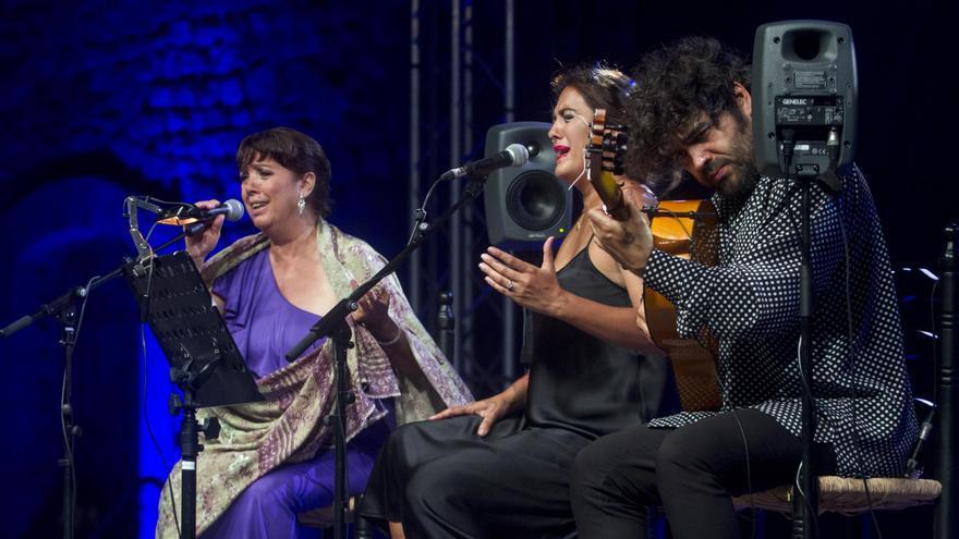 Alba Molina junto a Lole Montoya en La Mar de Músicas 2018