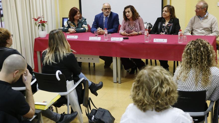 """Cantabria contará con 25 nuevos 'valoradores' de dependencia para """"agilizar"""" las prestaciones"""